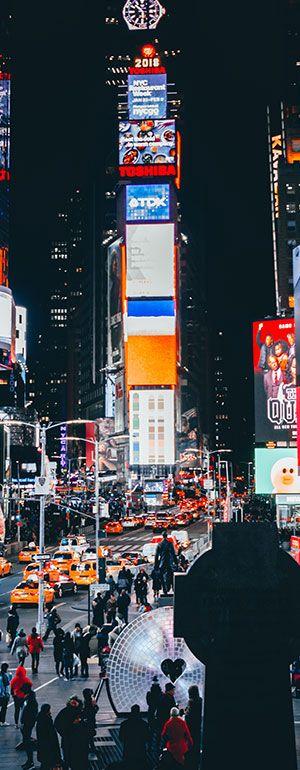 Der Times Square in New York hat viele Bildschirme
