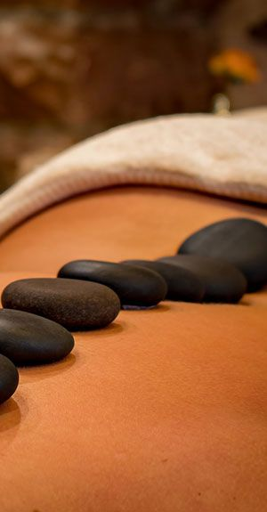 Die Hot Stone Massage ist beliebt und sollte angeboten werden