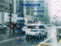 Öffnungszeiten   Geschäftszeiten für Fenster mit Streifen blau
