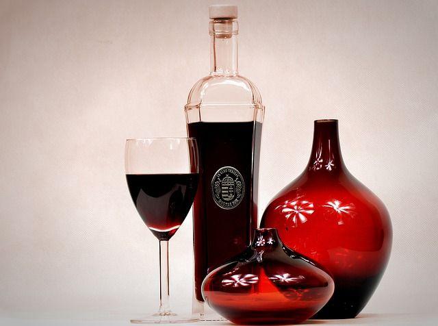 Gläser mit Karaffen sind gefragte Werbeartikel