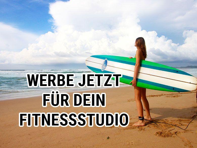 Frau am surfen - Werbung für Fitness